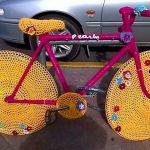 желтый велосипед