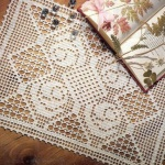 Прямоугольная салфетка с розочками